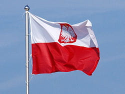 250px-Polish_flag_with_coat_of_arms.jpg